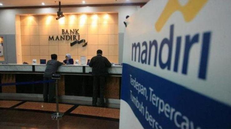 Kunjungi Kantor Cabang Bank Mandiri